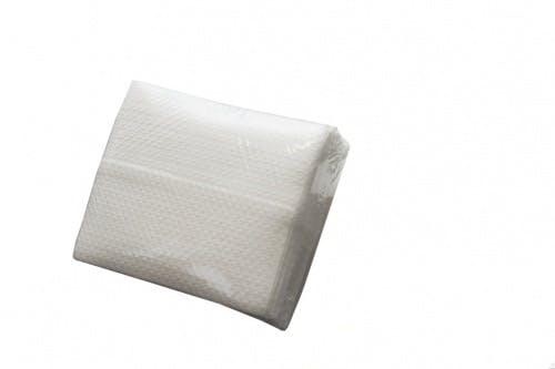 50 Piece 30 x 33 cm Z-fold Sovie Care Airlaid Wipes 60 GM in White